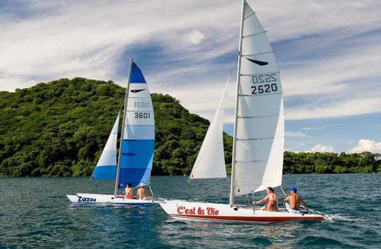 lake malawi sailing marathon catamarans-sailing-malawi-adventures-experiences-malawian-style-holidays-specialist-tour-operator-africa
