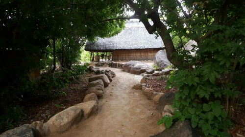 kumbali-retreat-chalet-lodge-experiences-adventures-malawian-style-holidays-specialist-tour-operator-malawi-zambia-the-secret-of-24-hours-relaxation