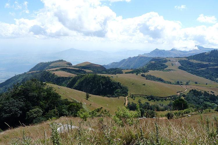 exploring zomba plateau nature-adventure-malawian-style-holidays-specialist-tour-operator-malawi