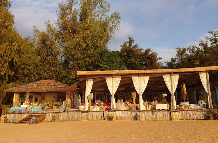 unpretentious-luxury-kaya-mawa-malawi-blog-malawian-style-bar