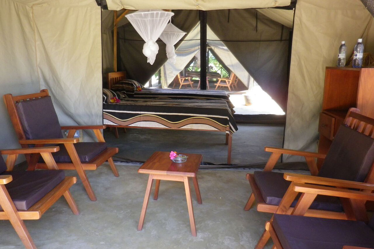 southern-explorer-7-nights-bush-beach-safaris-tours-malawian-style-malawi-adventures-experiences-specialist-tour-operator-budget-safari-tent-communal-bathroom