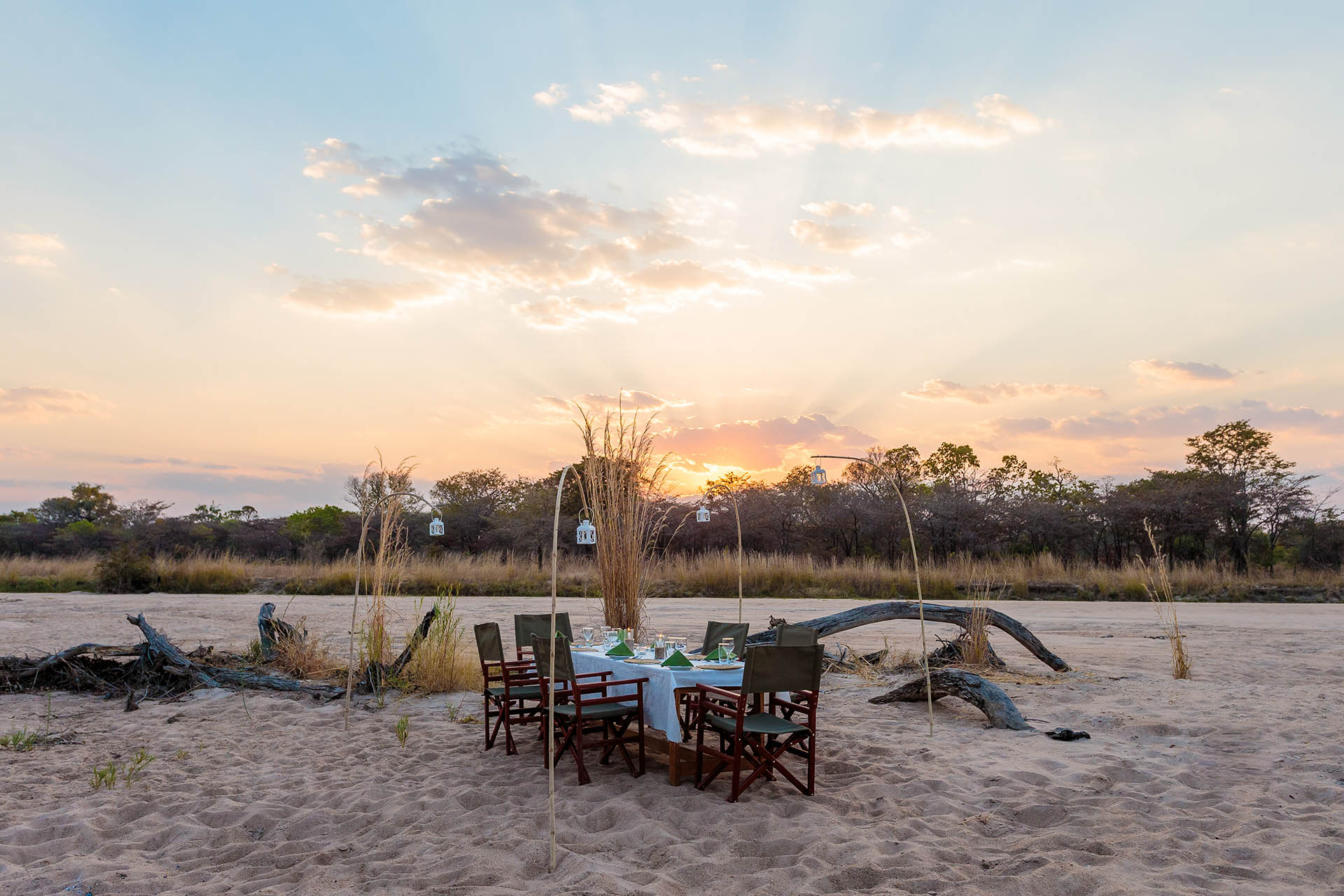 liwonde national park malawi-national-parks-reserves-malawian-style-malawi-adventures-experiences-holidays-specialist-tour-operator-nkonzi-camp-dinner