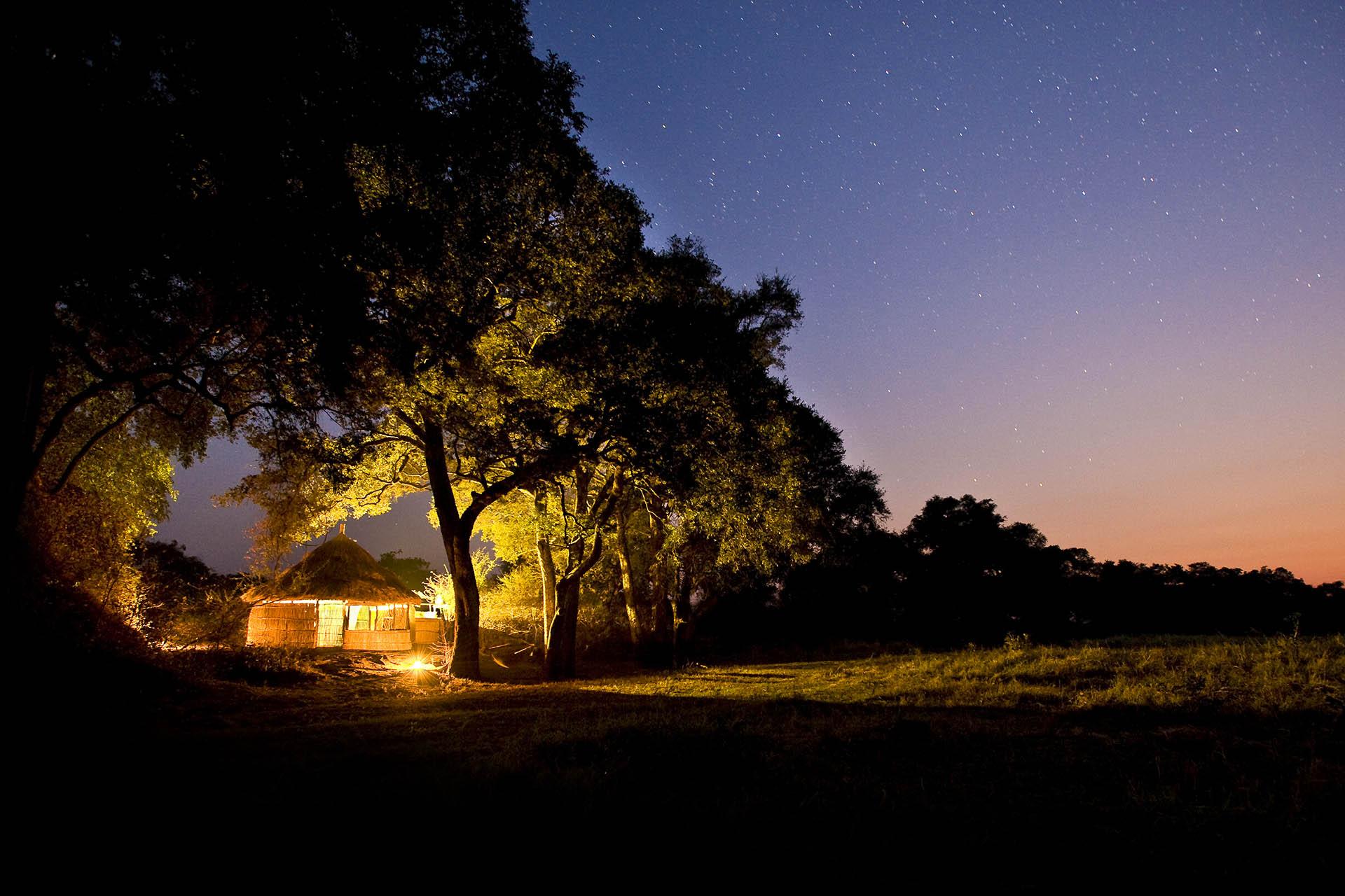 malawi zambia wet-wild-south-luangwa-lake-malawi-7-nights-malawian-style-malawi-adventures-experiences-specialist-tour-operator-crocodile-camp-sunrise