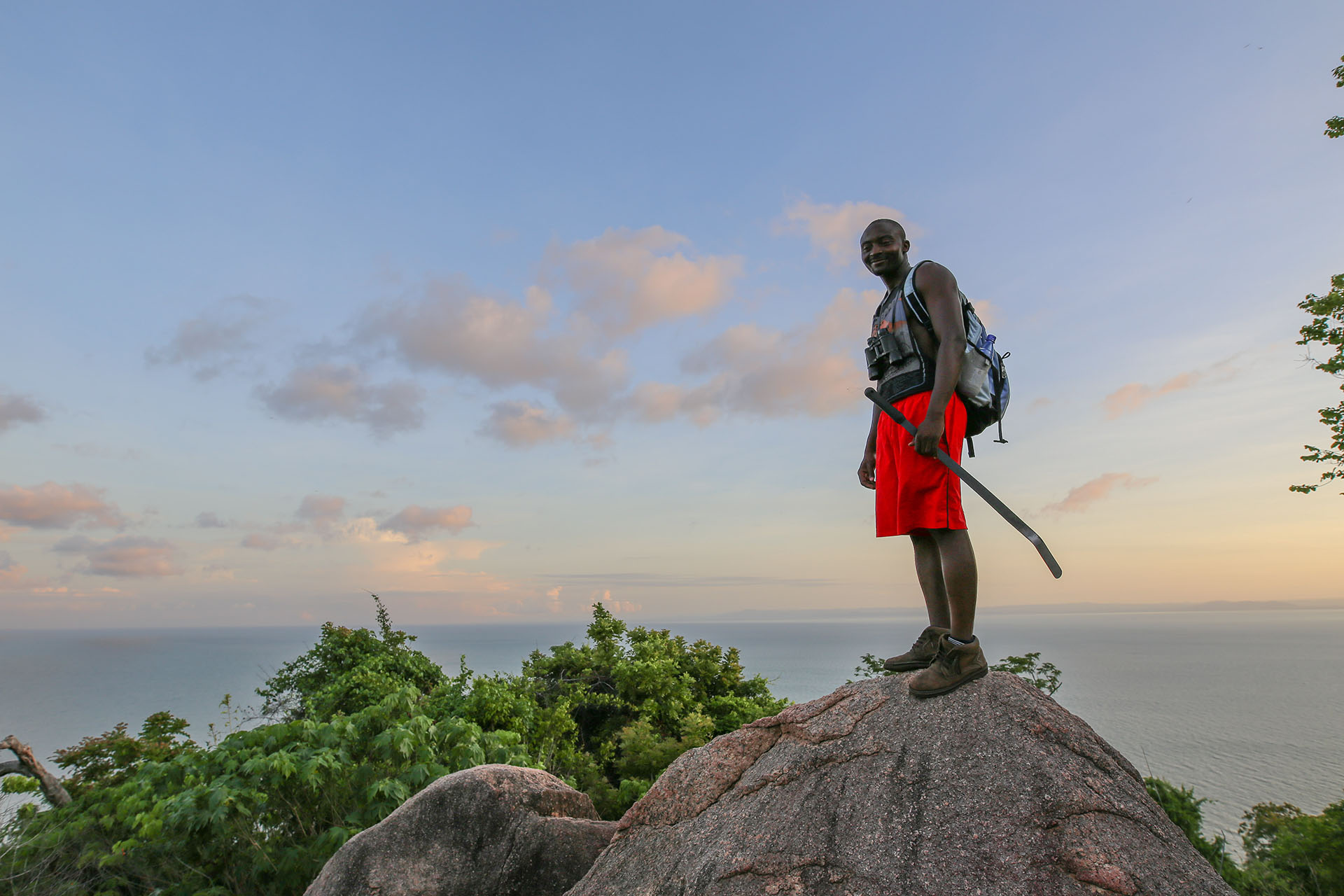 malawian-style-malawi-adventures-experiences-specialist-tour-operator-guided-hike