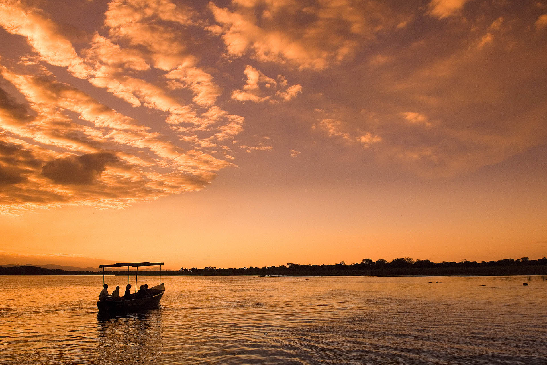 mount mulanje tours-malawian-style-malawi-adventures-experiences-specialist-tour-operator-mvuu-sunset