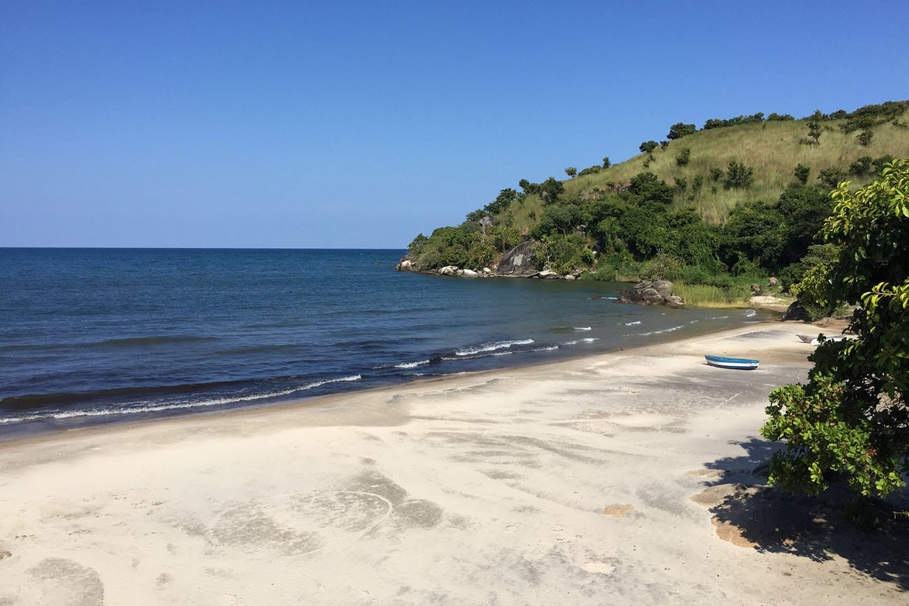 northern-adventurer-11-nights-active-holidays-tours-malawian-style-malawi-adventures-experiences-specialist-tour-operator-makuzi-beach-lodge-chintheche-boat-view