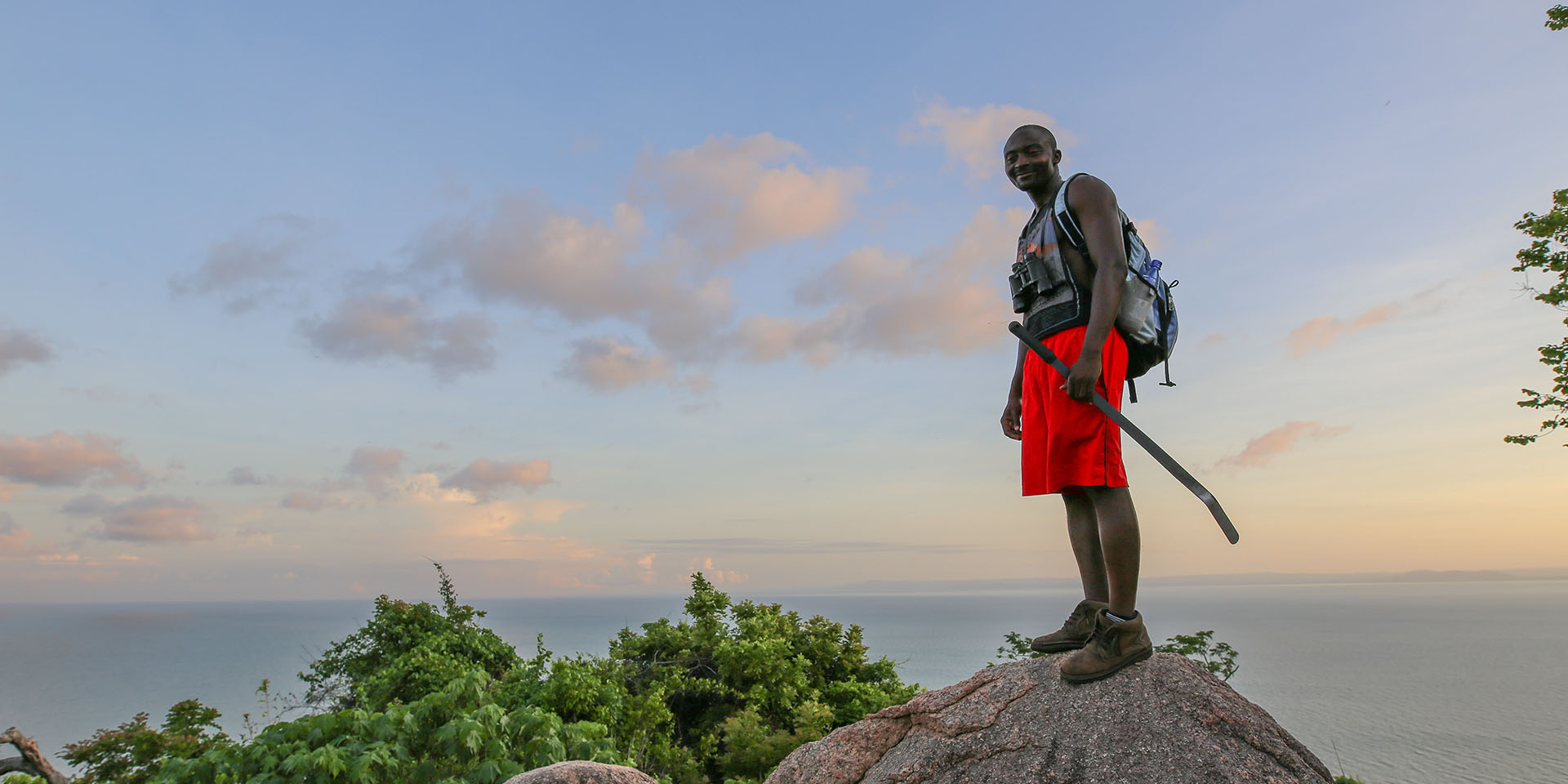 why travel with us malawian-style-malawi-adventures-experiences-specialist-tour-operator-guided-hike-explore