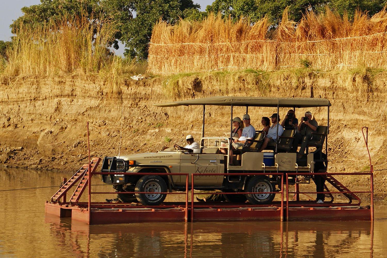 womens-trip-karen-loftus-tours-safaris-malawian-style-malawi-adventures-experiences-holidays-specialist-tour-operator-malawi-kafunta-game-drive-pontoon