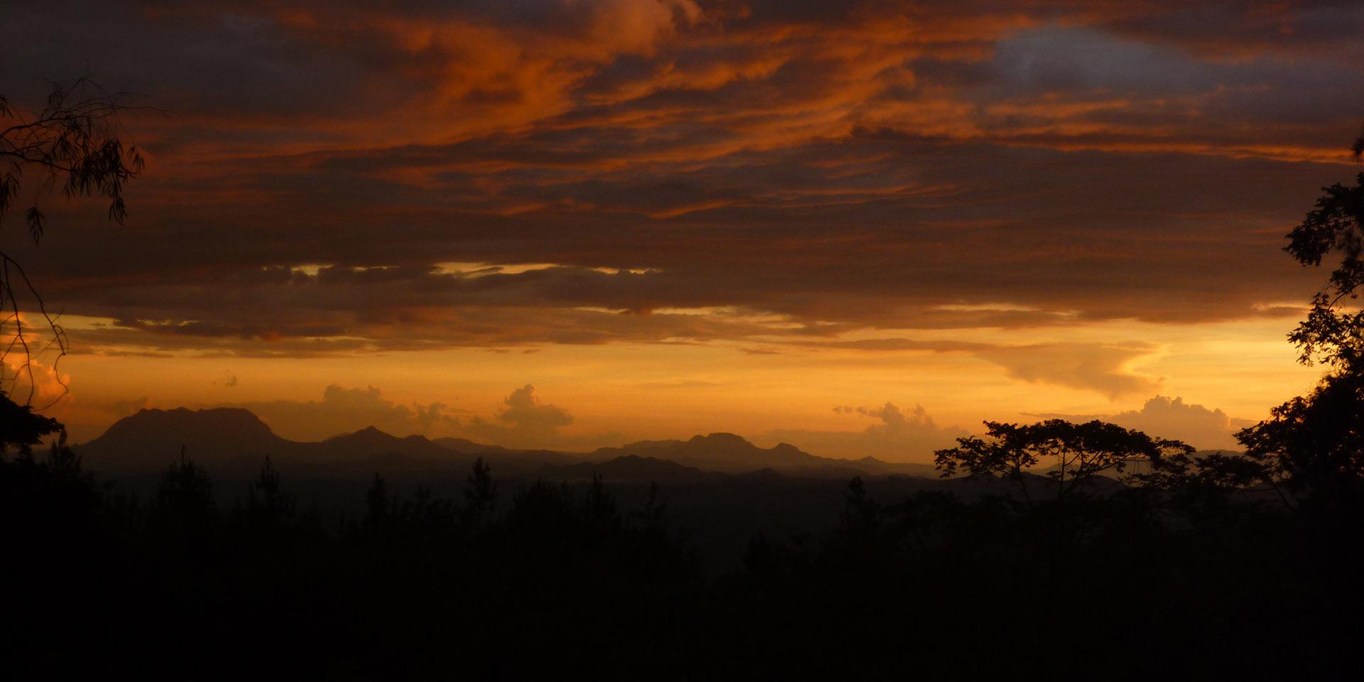 zomba plateau summit-hike-malawian-style-malawi-adventures-experiences-specialist-tour-operator-landscape-scenic