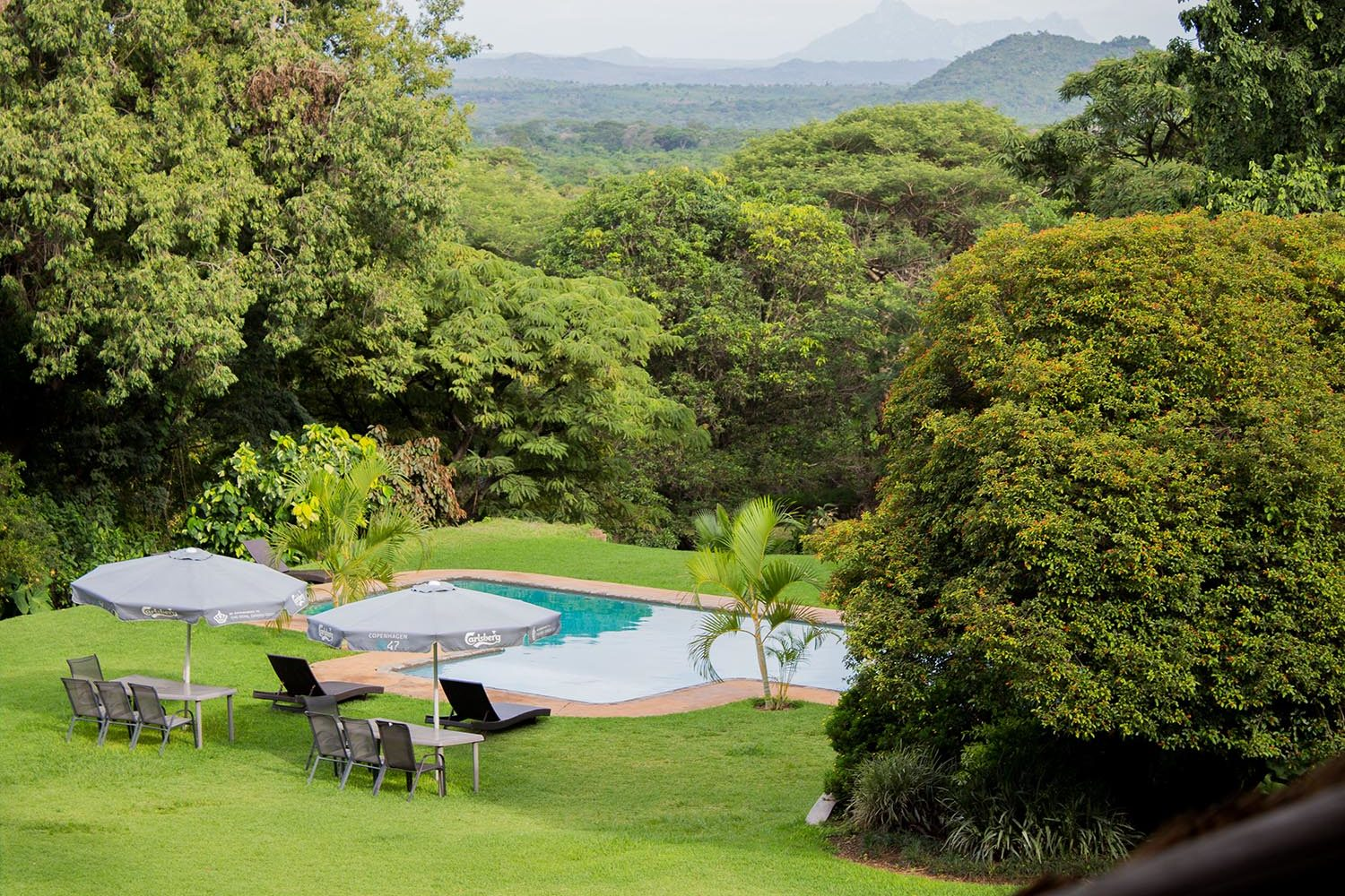 kumbali country lodge malawi-lodges-malawian-style-lilongwe-pool-side