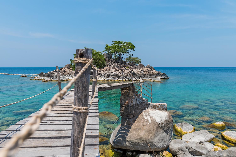 Kaya Mawa Bridge to Island (1)