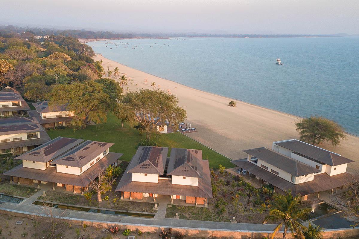 makokola retreat malawi-lodges-malawian-style-lake-malawi-southern-lake-shore-aerial-view-lodge