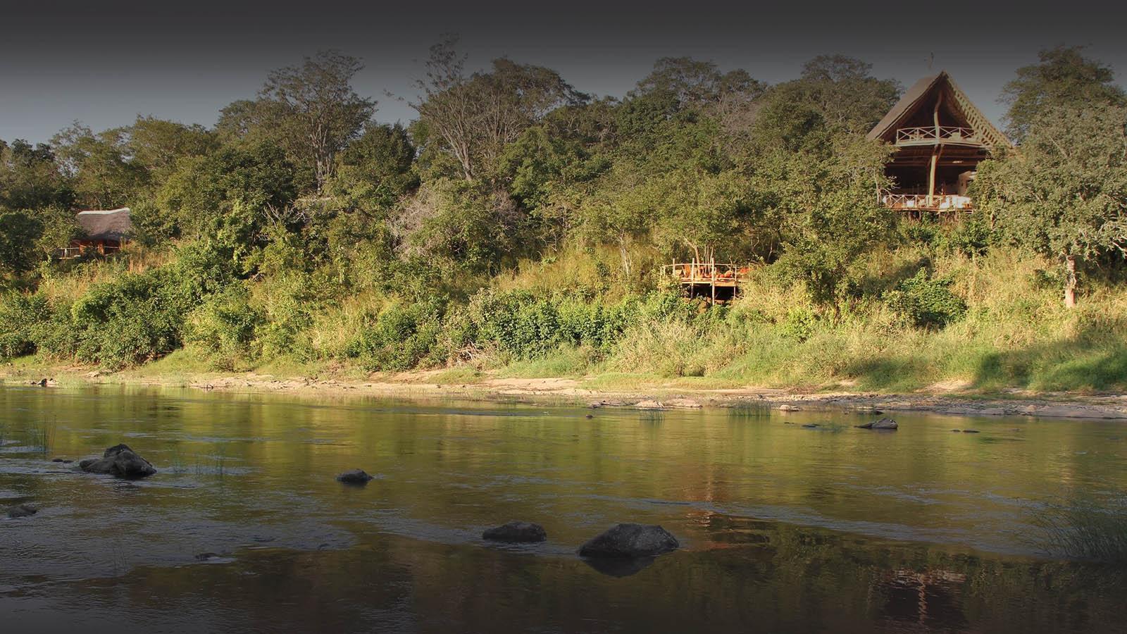 tongole wilderness lodge malawi-lodges-malawian-style-nkhotakota-lodge-river-views