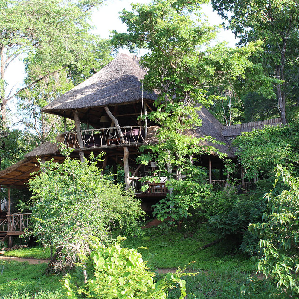 bua river lodge malawi-lodges-malawian-style-nkhotakota-wildlife-reserve-accommodation-views