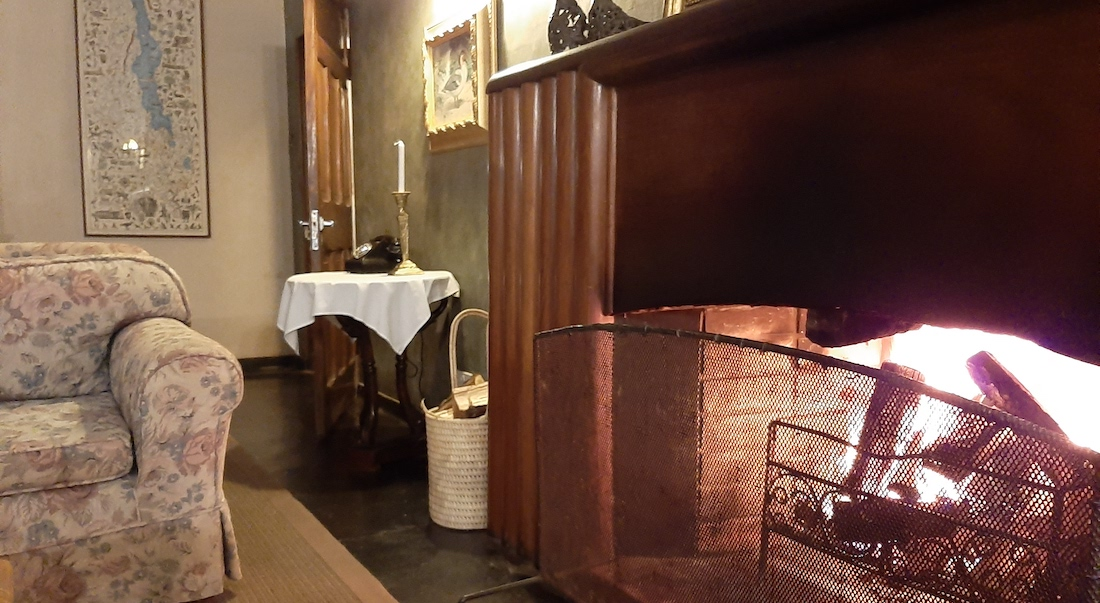 fireplace at huntingdon