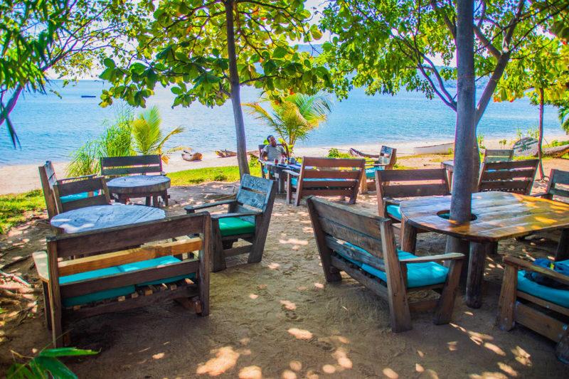 mgoza lodge lake-malawi-lodges-malawian-style-cape-maclear-rustic-accommodation-view