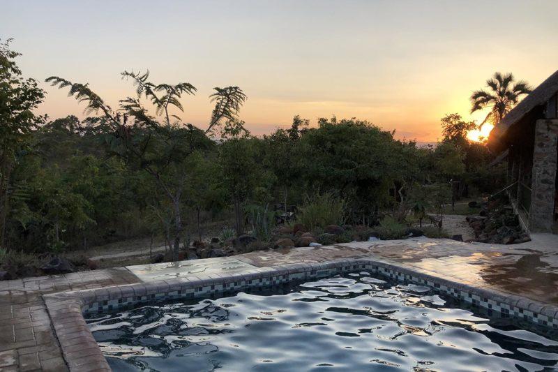 rafiki safari camp - malawi-lodges-malawian-style-nkhotakota-wildlife-reserve-pool-area