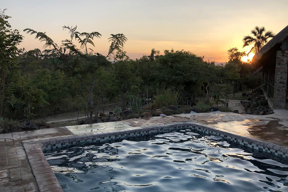 rafiki safari camp - malawi-lodges-malawian-style-nkhotakota-wildlife-reserve